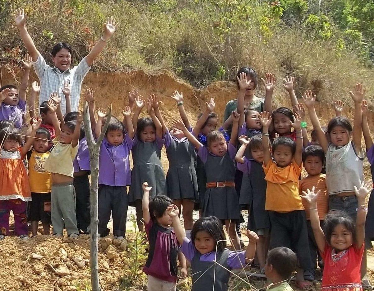 Cornerstone - Kids on hill praising!