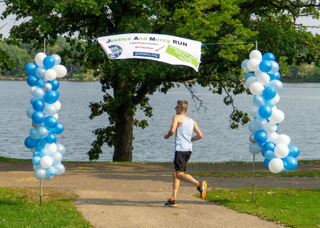 Jam Run - crossing the finish - tim